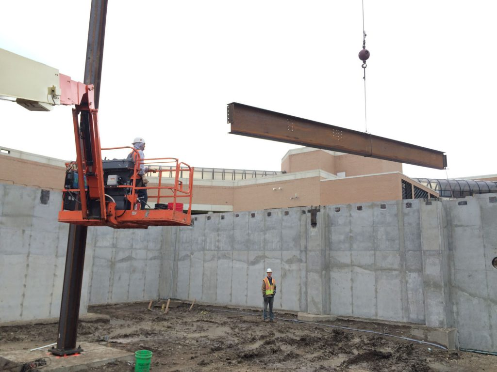 Setting steel beam